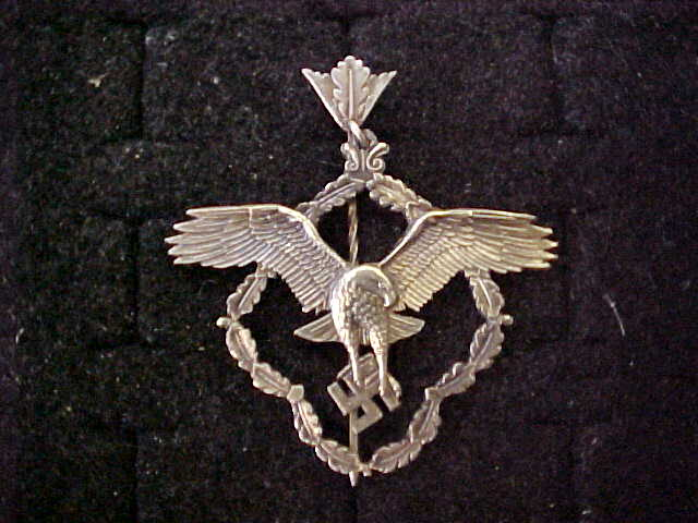 MEMBERSHIP BADGE OF THE GERMAN ACADEMY FOR AERONAUTICAL RESEARCH