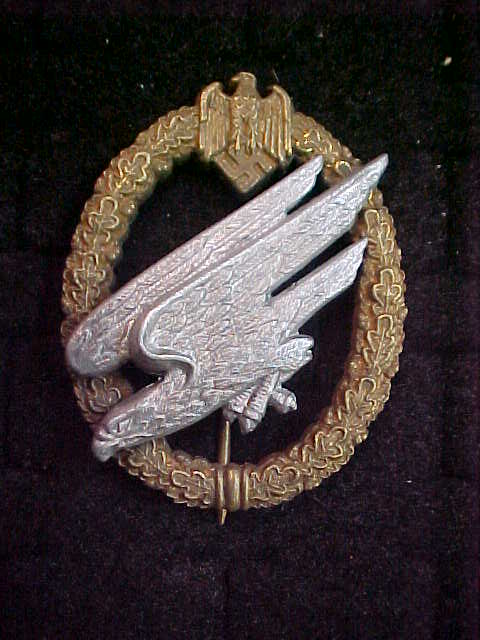 HEER ARMY PARATROOPER BADGE
