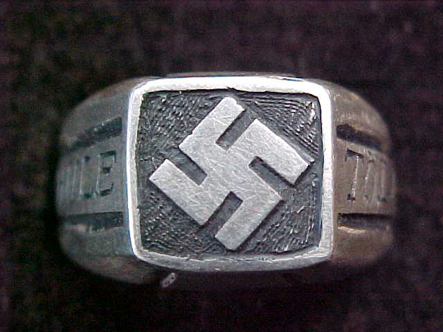 SS OFFICER SCHOOL TOLZ SWASTIKA RING