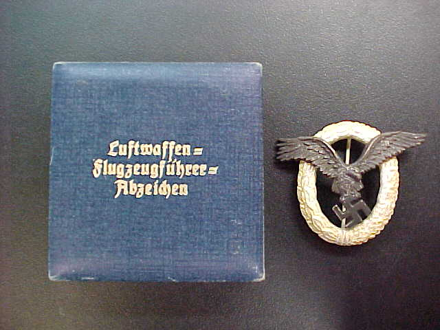 LUFTWAFFE CASED PILOT BADGE