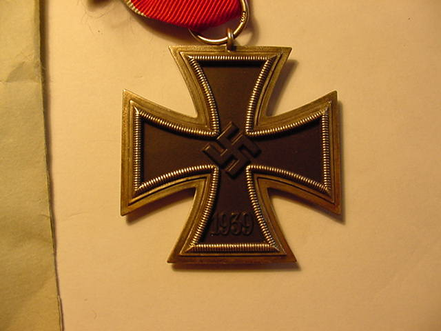 IRON CROSS 2nd CLASS WITH ISSUE ENVELOPE.
